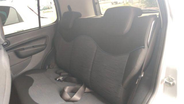 Fiat Uno Drive 1.0 (Flex) - Foto 9