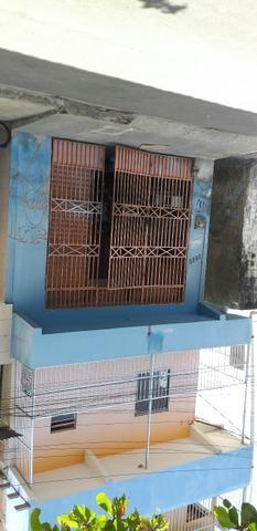 Vendo prédio de 3 pavimentos, c/8 kitinetes + ponto comercial, no Quintino Cunha - Foto 18