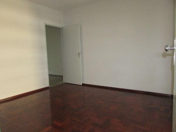 Casa  com 4 quartos - Bairro Jardim América em Goiânia - Foto 11