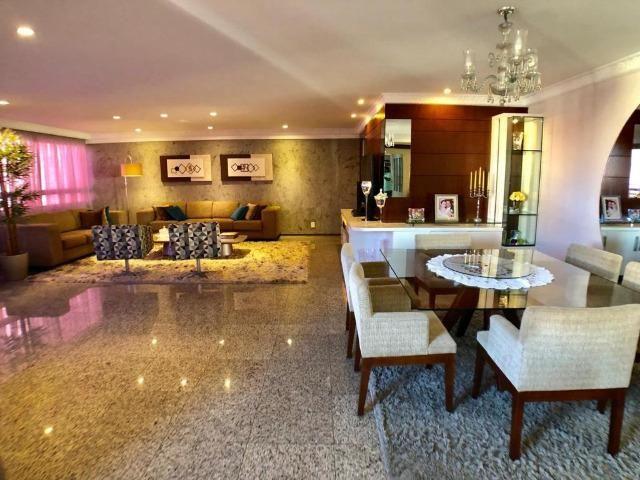 Apartamento no Guararapes - 192m² - 3 Suítes - 3 Vagas (AP0620) - Foto 4