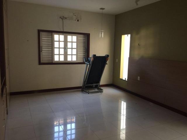 Linda casa, 4 suites, toda reformada e projetada, abaixo de preço. Cidade Satelite - Foto 12