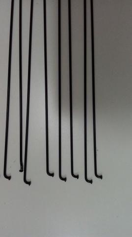 Raio aço preto mavic redondo 285 mm. sem niple. aceito oferta - Foto 2