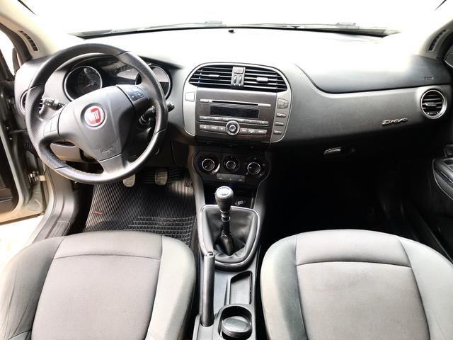 Fiat bravo 1.8 essence 16v flex 4p manual 2011/11 - Foto 9