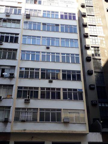 Apartamento lindo no centro aceito deposito de 1 mes direto com o proprietario  - Foto 8
