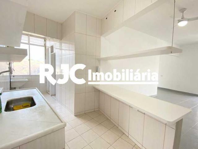 Apartamento à venda com 3 dormitórios em Maracanã, Rio de janeiro cod:MBAP33071 - Foto 12