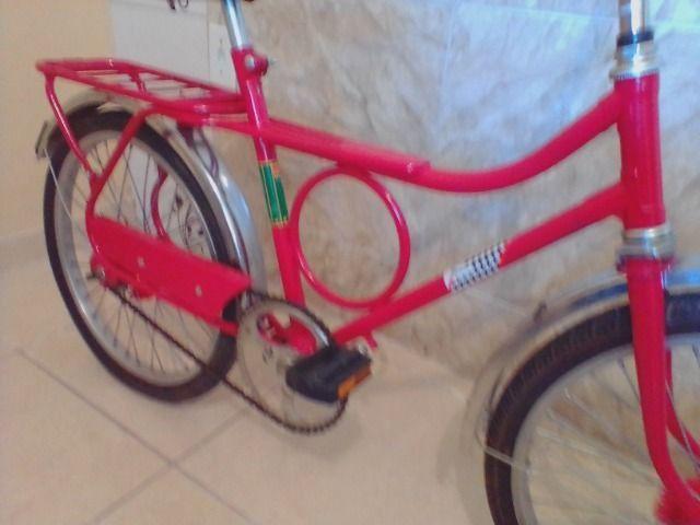 Bicicleta antiga monark barra circular aro 20 vermelha - Foto 2