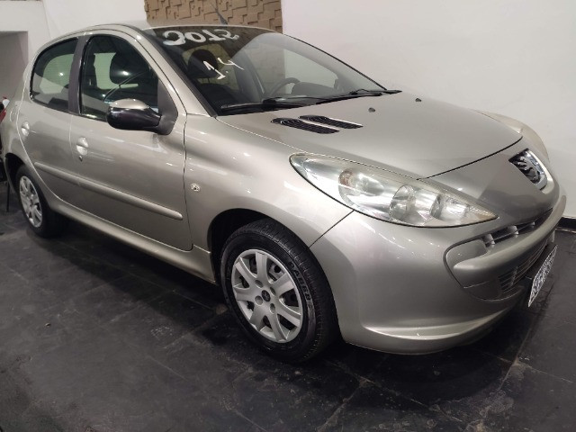 Peugeot 207 1.4 - 2012 Financio - Analiso Trocas