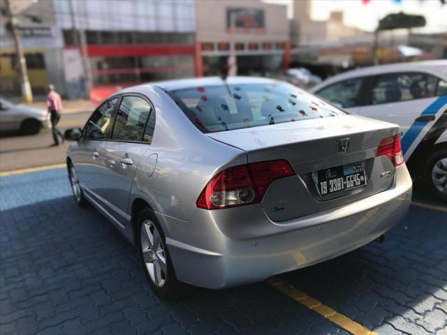 HONDA CIVIC 1.8 LXS 16V FLEX 4P AUTOMÁTICO - Foto 6