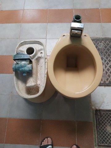 Conjuntos de vasos sanitário com válvula de parede  - Foto 3
