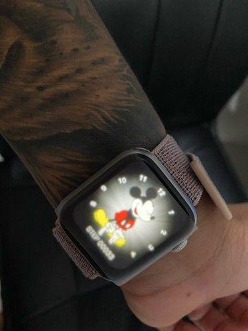 smartwatch relógio Apple Pulseira Apple Watch 44mm Nike Obsidian Esportiva - Regular