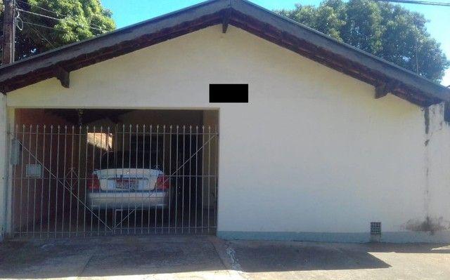 Casa em Avenida - Vende ou Troca.