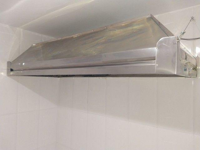 Coifa de inox ,mesa , estantes , exaustor - Foto 2