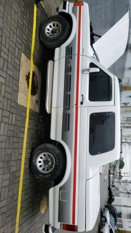 VENDO OU TROCO - F1000 93 Diesel, 1993 - Carros, vans e