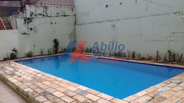 Casa sobrado com 5 quartos - Bairro Bancários em Londrina - Foto 11