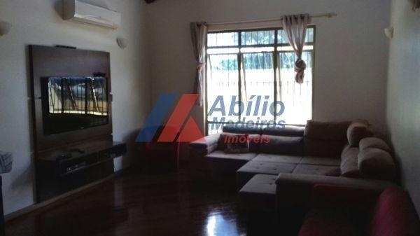 Casa sobrado com 5 quartos - Bairro Bancários em Londrina - Foto 3