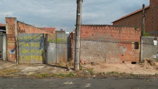 Terreno com 270m², no Recanto das Laranjeiras em Cosmópolis-SP, aceita desdobro. (TE0076) - Foto 4
