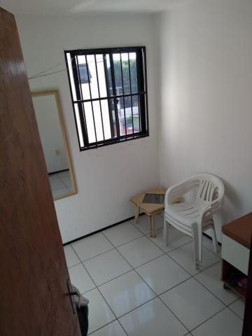 Vende-se Apartamento mobiliado na Maraponga - Foto 8
