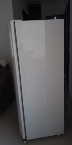 Geladeira Consul semi nova - Foto 3