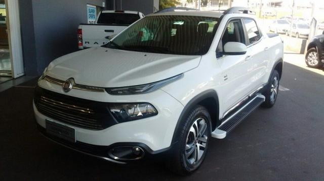 FIAT TORO FREEDOM 4X4 2.0 16V AT9 Branco 2018/2019 - Foto 2