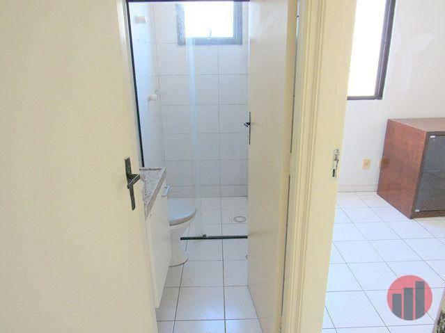 Apartamento com 2 dormitórios para alugar, 70 m² por R$ 1.300,00 - Meireles - Fortaleza/CE - Foto 17