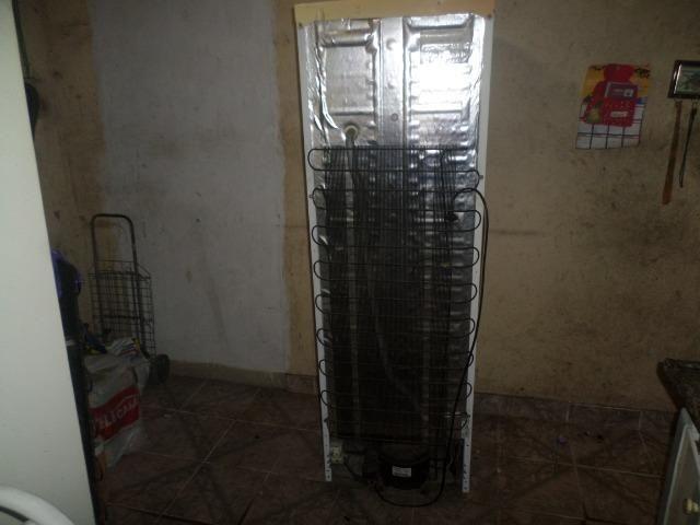 Freezer vertical eletrolux - Foto 4