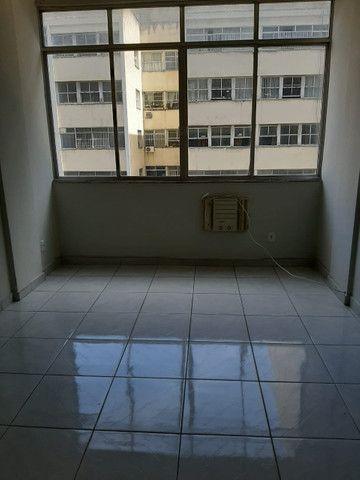 Apartamento lindo no centro aceito deposito de 1 mes direto com o proprietario  - Foto 5