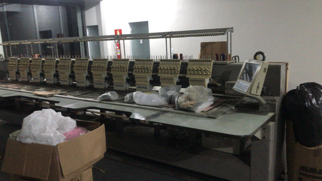 Máquina de bordado - Foto 2