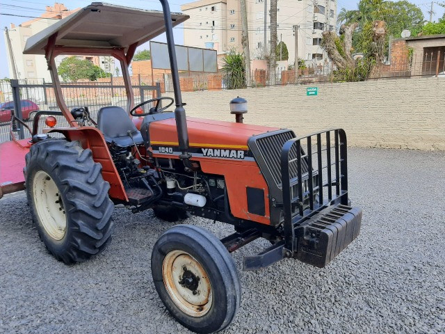 Trator Yanmar 1040