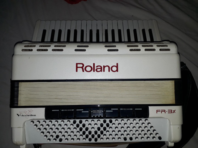 Acordeom Roland FR3X - Foto 5