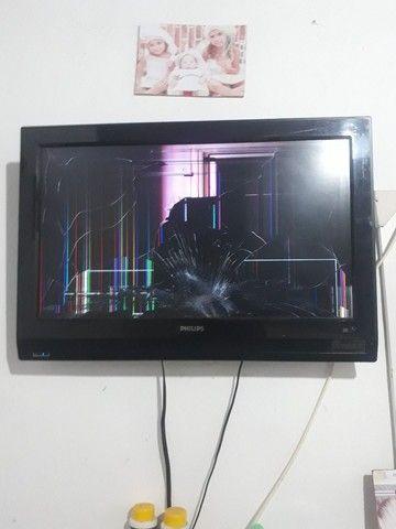 "TELEVISÃO PHILIPS ""32"""