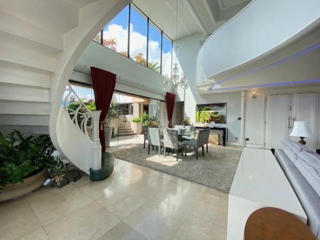 Cobertura espetacular com 495 m² privativos e 6 vagas de garagem - Foto 7