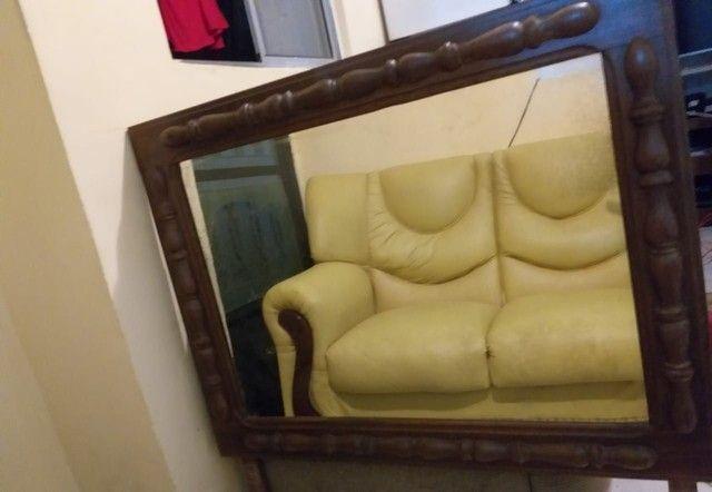 Espelho antigo lindo com moldura trabalhada - Foto 4