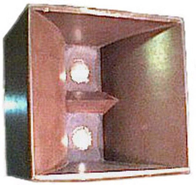 Caixa para graves-médios antiga , mod Ccdb M-12,- 008 -