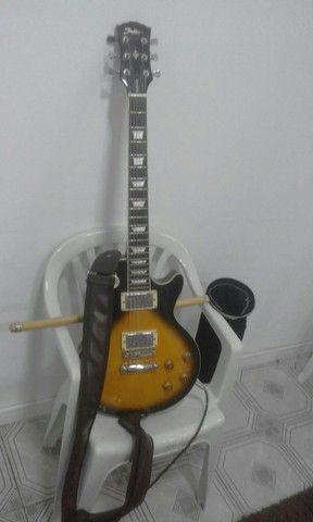 Vendo guitarra semi nova