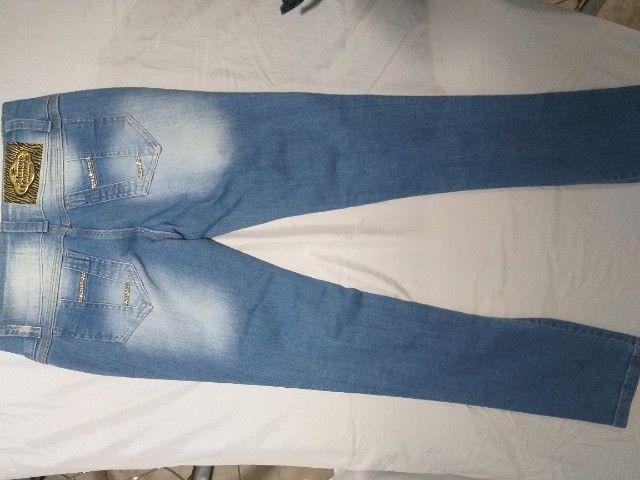 calça feminina jeans  44 novo - Foto 3