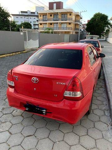 Toyota Etios X plus 19/20 automático baixa quilometragem  - Foto 3