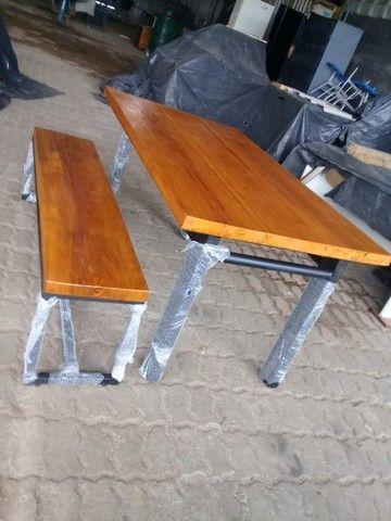 Mesa madeira 5 cm espessura e estrutura metálica. Nova, aceitamos cartão de crédito. - Foto 3