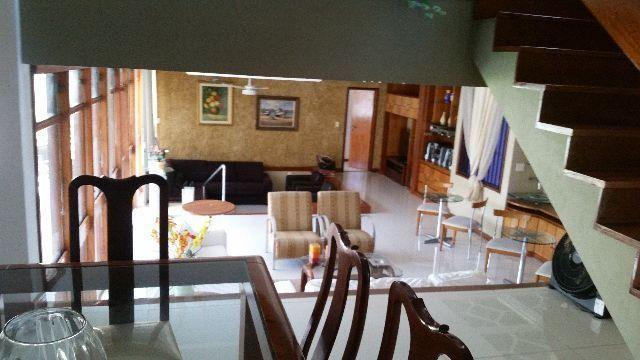 Casa mata praia,900m²,02 suites,gar 09 carros,arm,closed,piscina,sauna,academia,prox praia