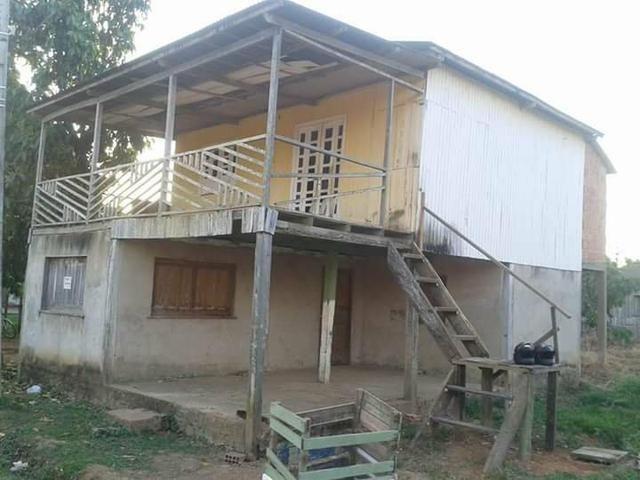 Vende-se ou troca uma casa em Placido de Castro
