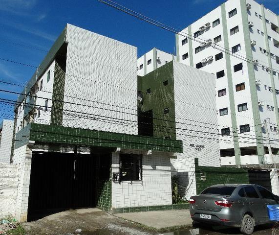 Edf. Jaçanã, no Engenho do Meio, próximo a padaria, UFPE, para de ônibus, e mercados