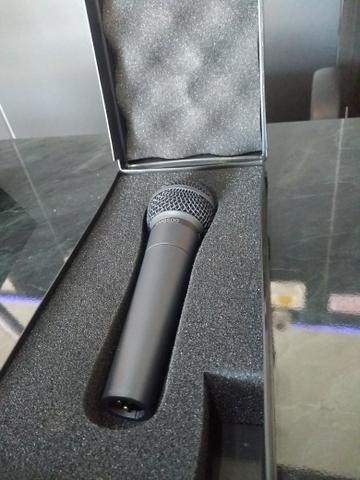 Microfone Behringer Ultravoice Xm8500 Profissional