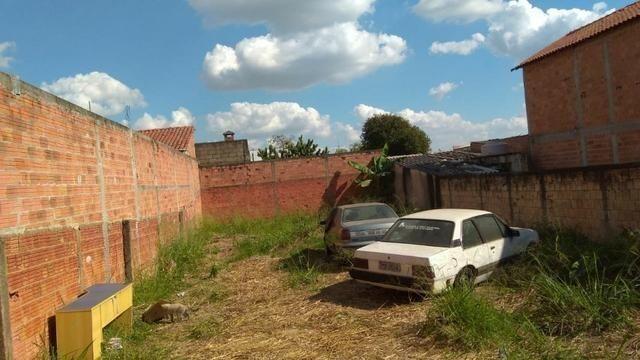 Terreno com 270m², no Recanto das Laranjeiras em Cosmópolis-SP, aceita desdobro. (TE0076) - Foto 3