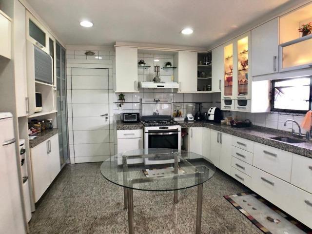 Apartamento no Guararapes - 192m² - 3 Suítes - 3 Vagas (AP0620) - Foto 10