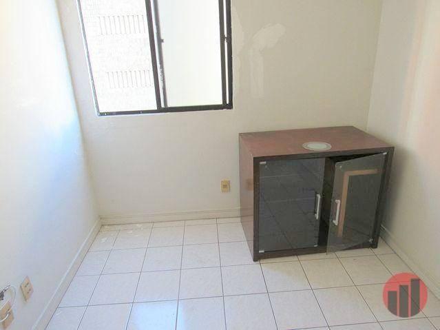 Apartamento com 2 dormitórios para alugar, 70 m² por R$ 1.300,00 - Meireles - Fortaleza/CE - Foto 15