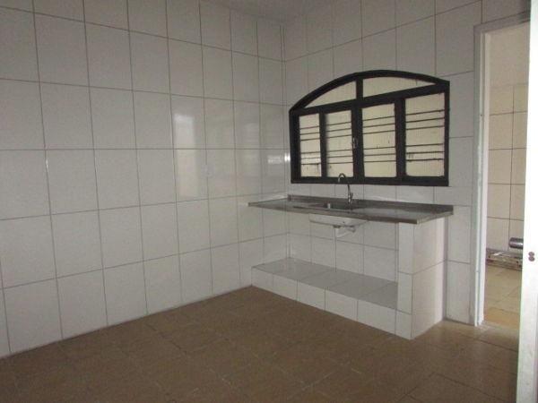 Casa  com 4 quartos - Bairro Jardim América em Goiânia - Foto 9