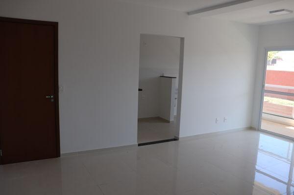 Apartamento  com 3 quartos no Condomínio Residencial Lakeside - Bairro Residencial Itaipu  - Foto 7