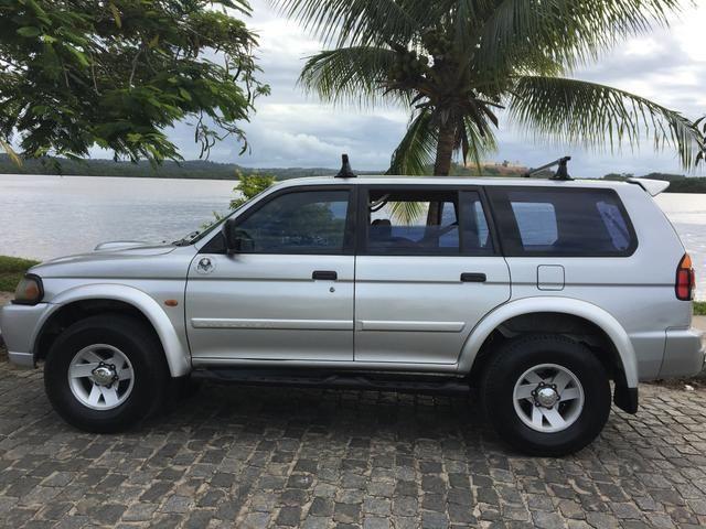 Oportunidade! Vendo ou troco Pajero ano 2002 turbo diesel 2.8 completa - Foto 2
