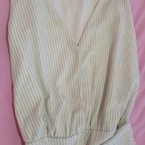 Vestido brilhoso - Foto 2