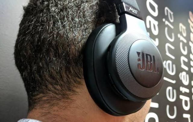 Fone de Ouvido JBL Bluetooth P29 Headphone Android