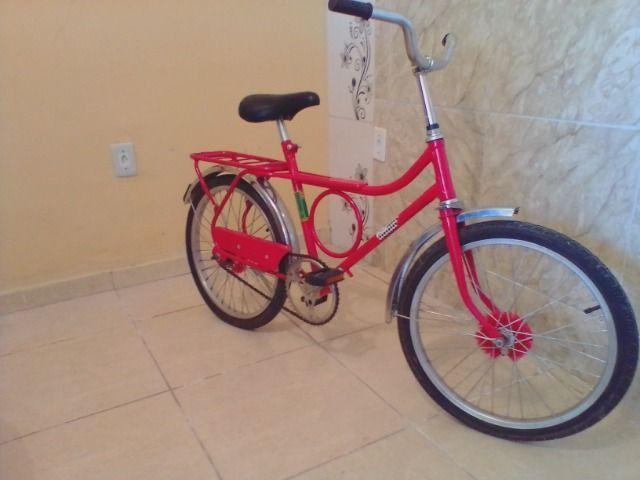 Bicicleta antiga monark barra circular aro 20 vermelha - Foto 4